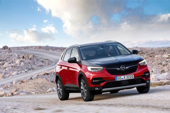 New Opel Grandland X Hybrid: prices and options